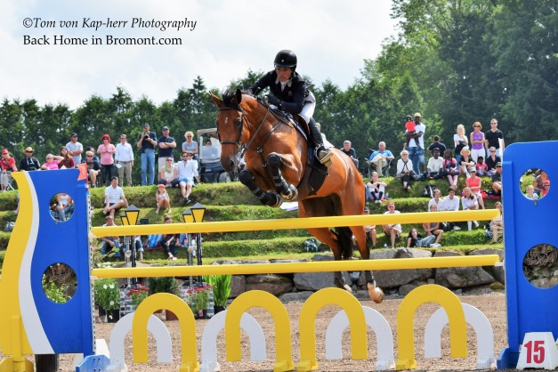 Isabelle Lapierre took 4th in today's CSI2*